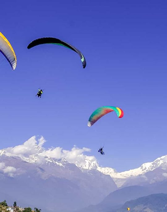 Paraglaiding in Nepal