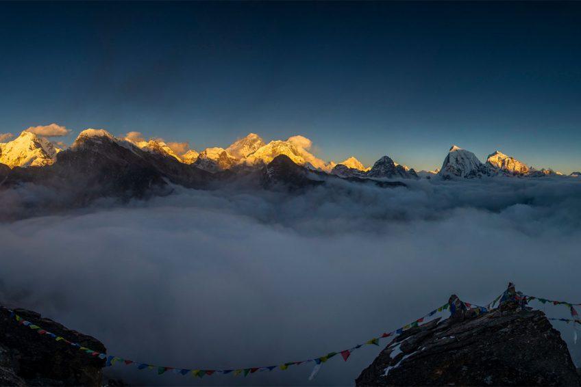 Everest Three Passes Trek vs Everest Base Camp Trek banner image